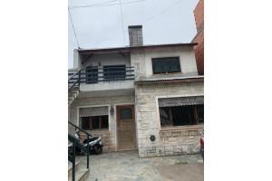 casa centrica en alquiler bv. rocha 1375
