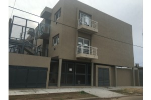 departamento en alquiler barrio centenario estrada 2249