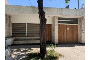 casa centrica en alquiler calle 9 de julio 119